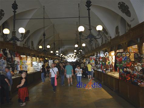 Mercado de Cracovia, visto desde adentro