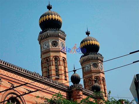 Cúpulas de la sinagoga Dohany